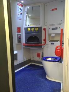 The amazing bathroom in the train.